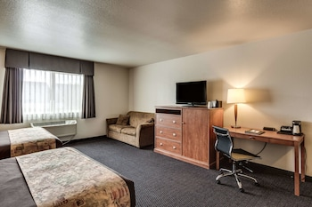 Standard Room, 2 Queen Beds, Non Smoking, Refrigerator & Microwave (Pet Friendly)