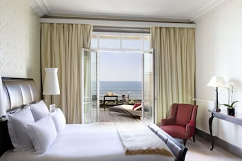 Deluxe Room, 1 King Bed, Terrace, Sea View