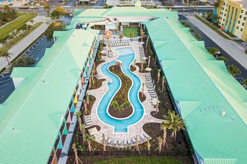 . Beachside Hotel & Suites