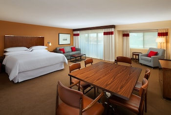 Hotel - Four Points by Sheraton Phoenix South Mountain