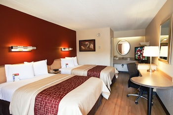 Standard Room, 2 Double Beds (Smoke Free)