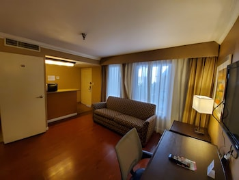 Family Suite, 2 Double Beds, Courtyard View (Wood Floor)