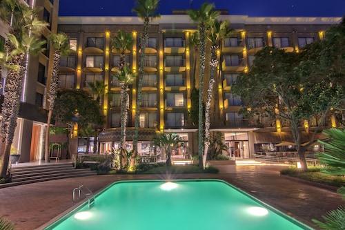 . Hotel Lucerna Tijuana