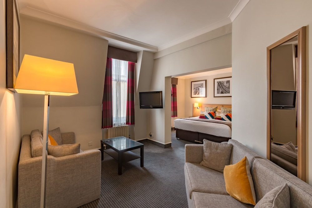 Suite : Junior Suite, 1 Double Bed 1 of 78