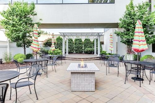 . DoubleTree by Hilton Hotel Binghamton