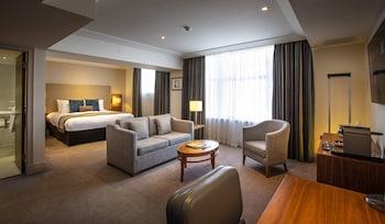 Executive Studio Suite with Lounge Access