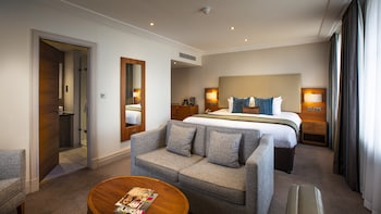 Executive Room, 1 King Bed with Lounge Access