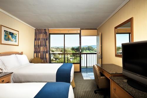Holiday Inn Express at Monterey Bay, Monterey