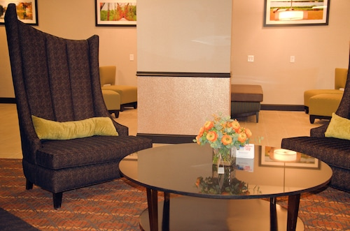 SureStay Plus Hotel by Best Western Albany Airport, Albany