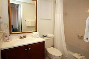 Economy, 2 Double Beds, Mini-Fridge & In-Room Safe