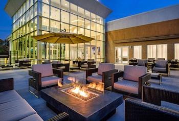 康乃狄克布里斯托爾希爾頓逸林飯店 DoubleTree by Hilton Hotel Bristol, Connecticut