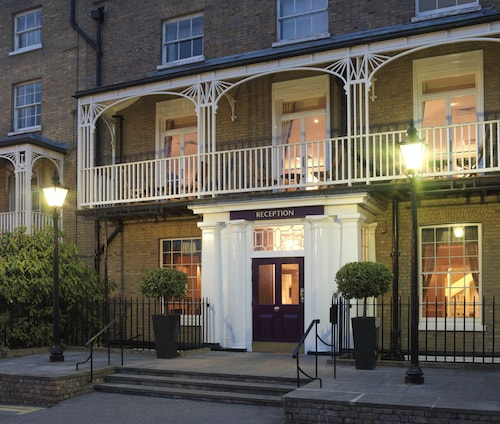 Richmond Hill Hotel, London