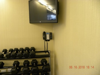 Holiday Inn Chicago North-Evanston - Fitness Facility  - #0