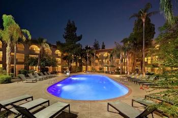 鳳凰城 - 坦佩大使套房飯店 Embassy Suites Hotel Phoenix-Tempe