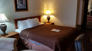 Motel 6 Spokane Downtown North - Guestroom  - #0