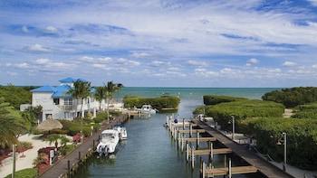 拉哥島海洋黑角套房 Ocean Pointe Suites at Key Largo