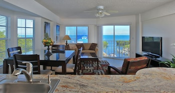 Hotel - Ocean Pointe Suites at Key Largo
