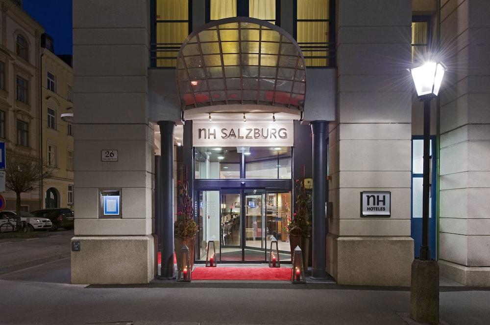 호텔이미지_Hotel Entrance