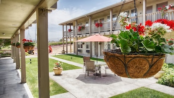Hotel - Best Western Beach Dunes Inn