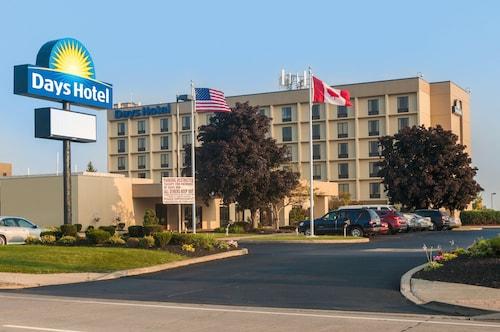 . Days Hotel by Wyndham Buffalo Airport