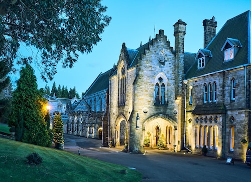 . Ashdown Park Hotel & Country Club
