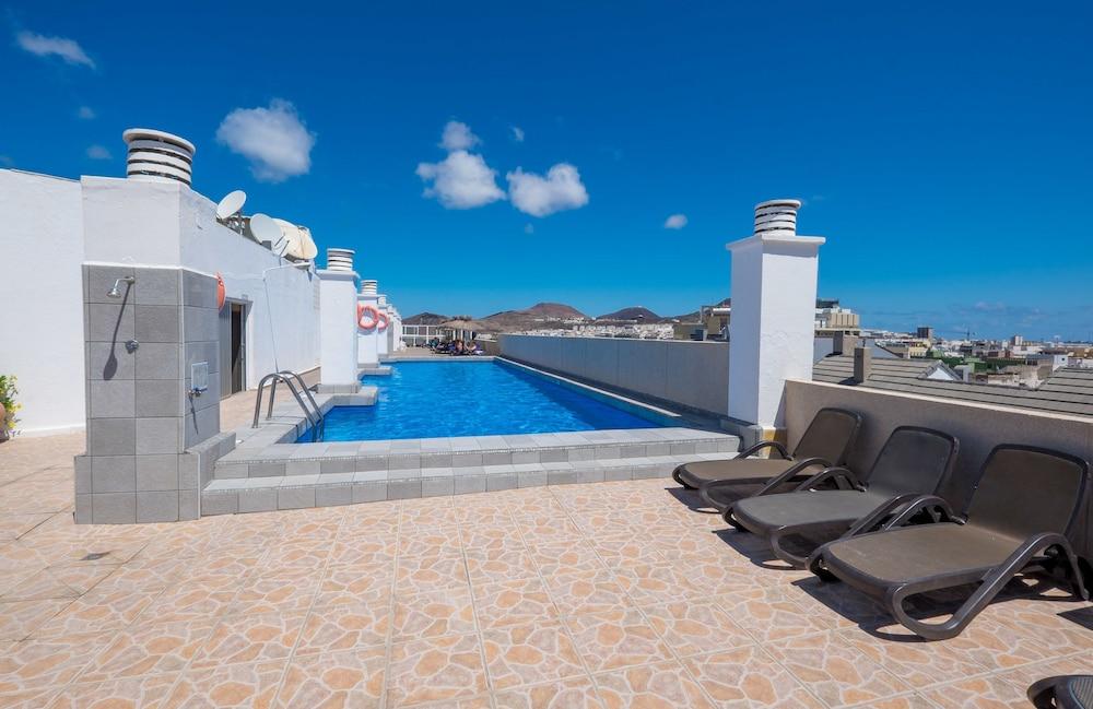 호텔 콩코드(Hotel Concorde) Hotel Image 7 - Outdoor Pool