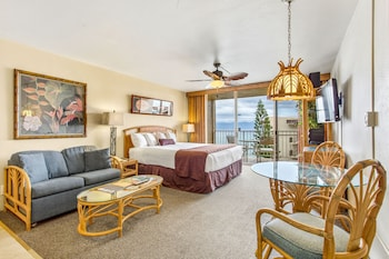 Studio, 1 King Bed with Sofa bed, Ocean View