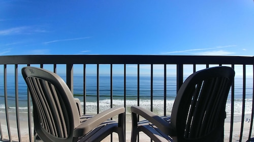 . Tropical Winds Oceanfront Hotel