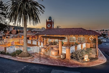 Hotel - Best Western Plus El Rancho Inn