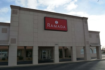 Ramada by Wyndham Wichita Airport