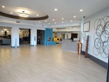 東丹佛頂級貝斯特韋斯特普拉斯飯店 Best Western Premier Denver East
