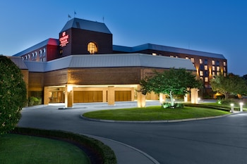 Crowne Plaza Providence-Warwick Airport