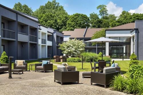 . Courtyard by Marriott Poughkeepsie