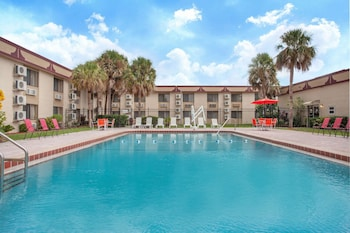 Hotel - Ramada by Wyndham Titusville/Kennedy Space Center