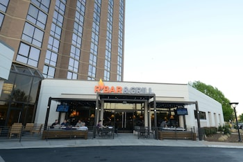 Hotel - Hilton Arlington