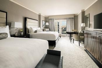 Premier Room, 2 Queen Beds, Balcony