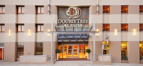 . DoubleTree by Hilton Hotel & Suites Pittsburgh Downtown