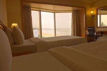 Premier Partial Sea View Room
