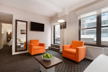 Guestroom at Hotel Edison in New York