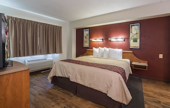2 Room Suite Deluxe 1 King Non-Smoking