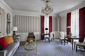 Suite, 1 King Bed (St. Regis)