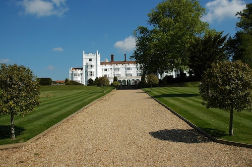 . Danesfield House Hotel And Spa