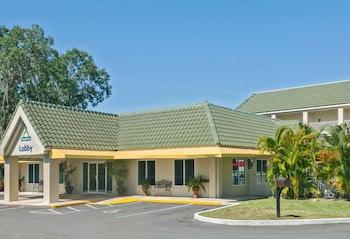 夏洛特港 - 蓬塔戈爾達溫德姆戴斯飯店 Days Inn by Wyndham Port Charlotte/Punta Gorda