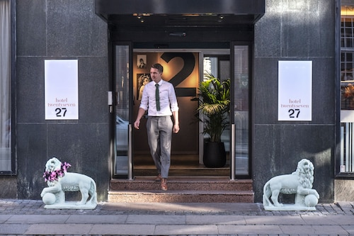 . Hotel TwentySeven