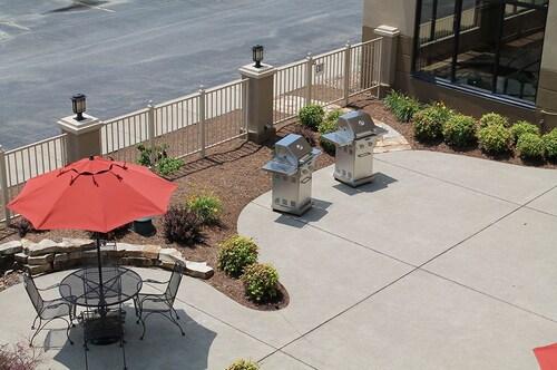 Auburn Place Hotel & Suites - Paducah, McCracken
