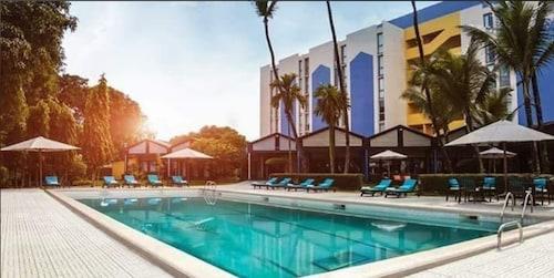 . Douala Rabingha Hotel
