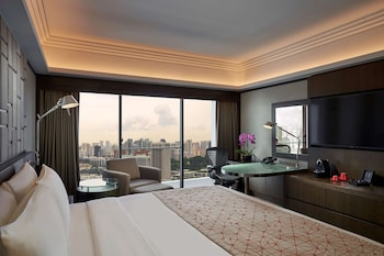 Pacific Club Room (No Extra Beds)