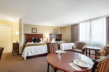 Efficiency, Room, 2 Queen Beds, Non Smoking
