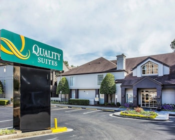 Hotel - Quality Suites Buckhead Village