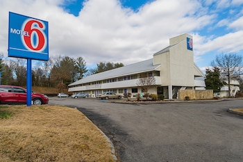 Motel 6 Knoxville North photo